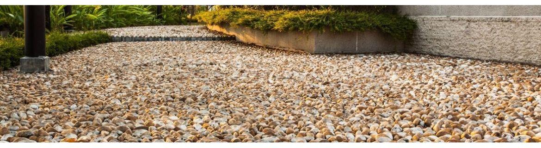 Kamienie dekoracyjne: otoczaki, grysy, łupki, gnejsy, monolity, żwiry i inne